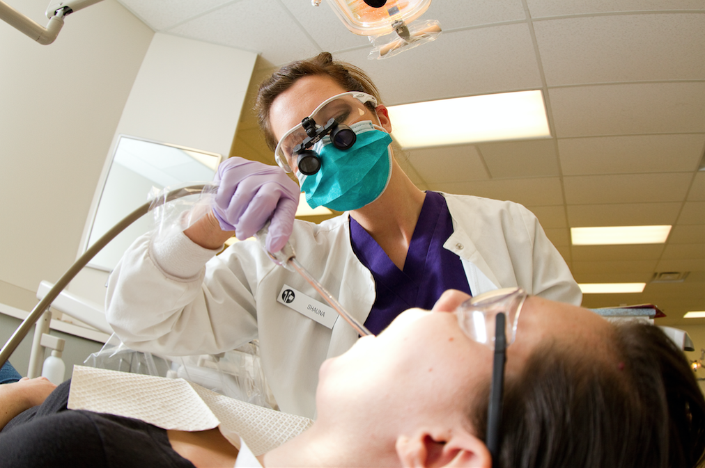 Dental Clinics to Offer Laser Therapy Beginning January 2016