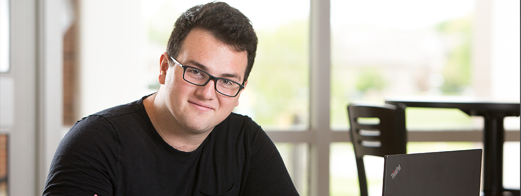 Junior Aaron Smith Attends Pure Idea Generator Event