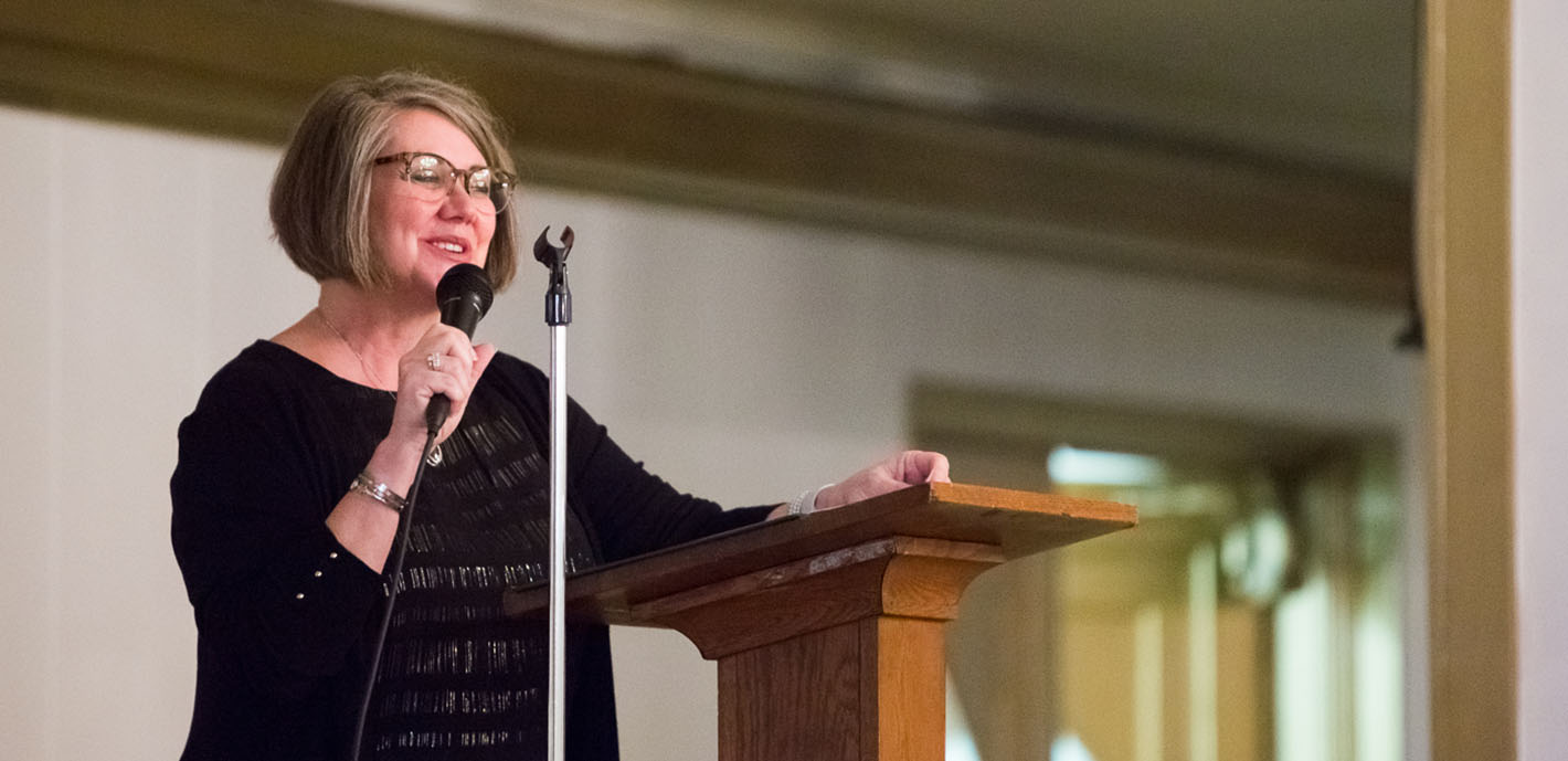 Alumni Director Receives Athena Award from Carthage Chamber