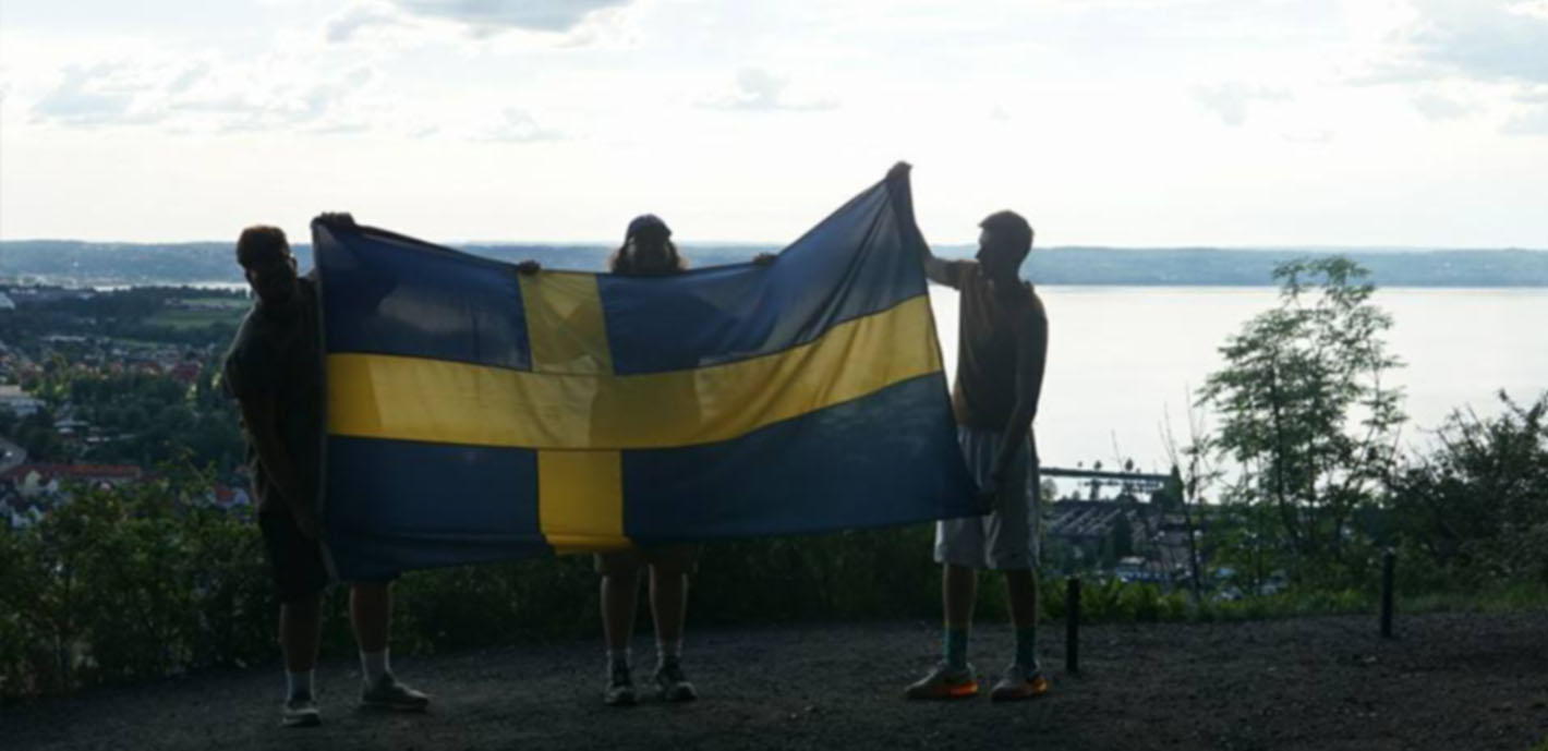 Students study with renowned photographer during Summer in Sweden trip