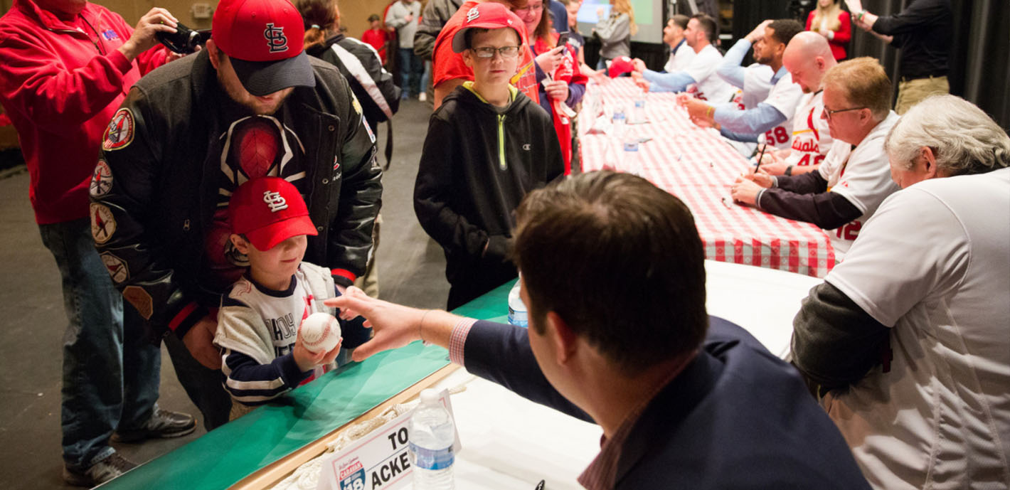 Cardinals Caravan a home run with fans