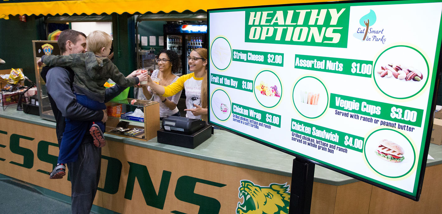 MSSU students promote healthy concessions for game day fans