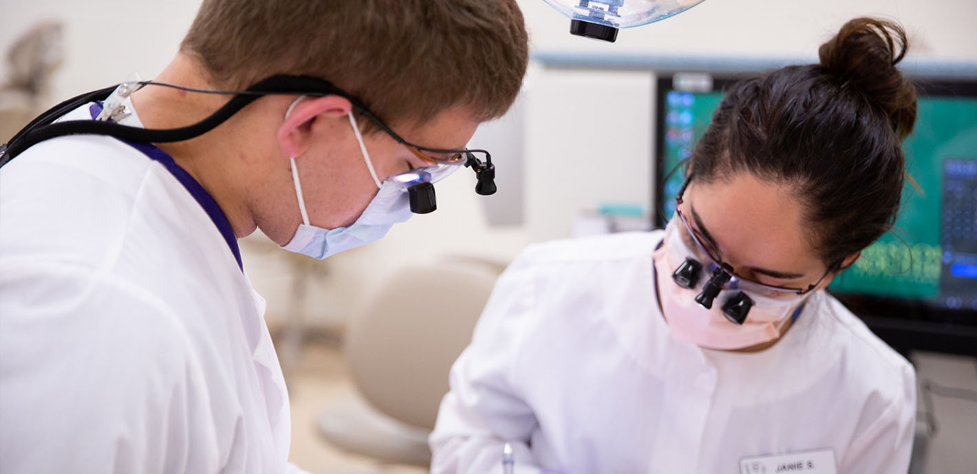 Free Sealant Day Offered at Dental Clinic