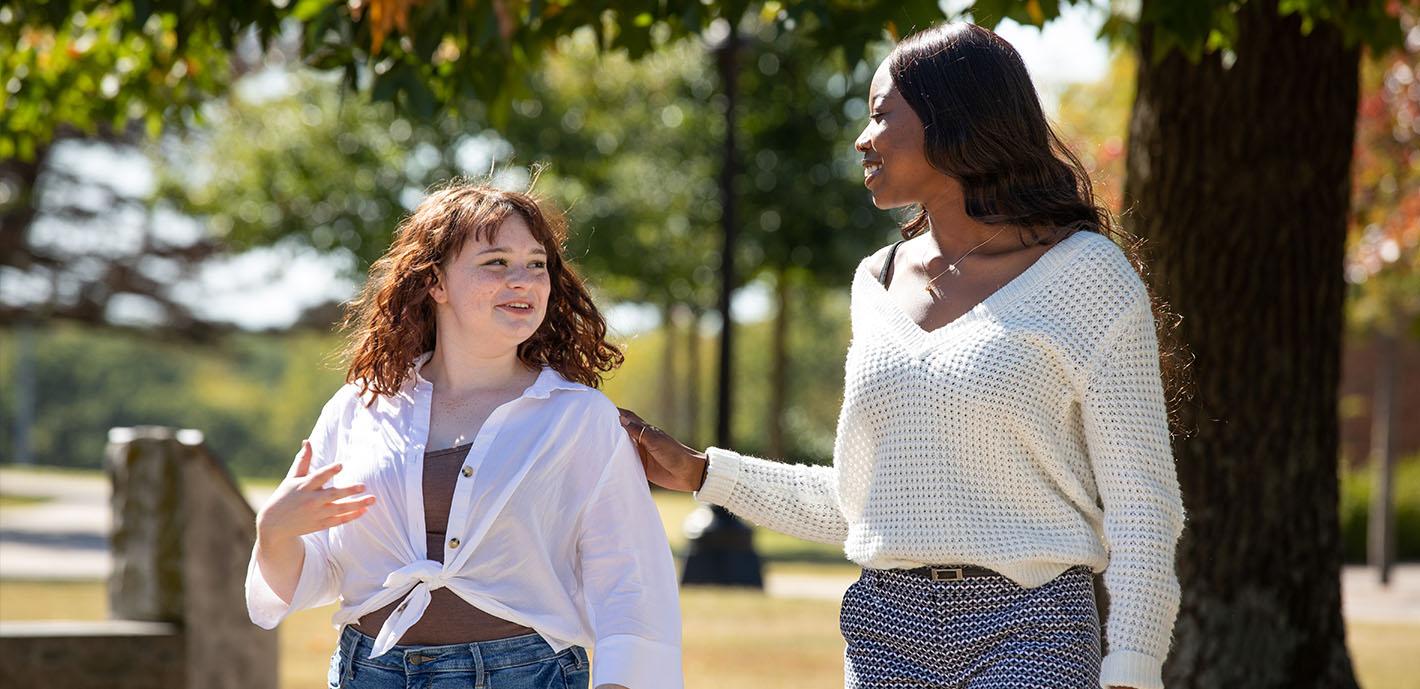 Building a Community  |  Juniors Christine Ibeagi, Haylee Plyburn create club to discuss mental health issues