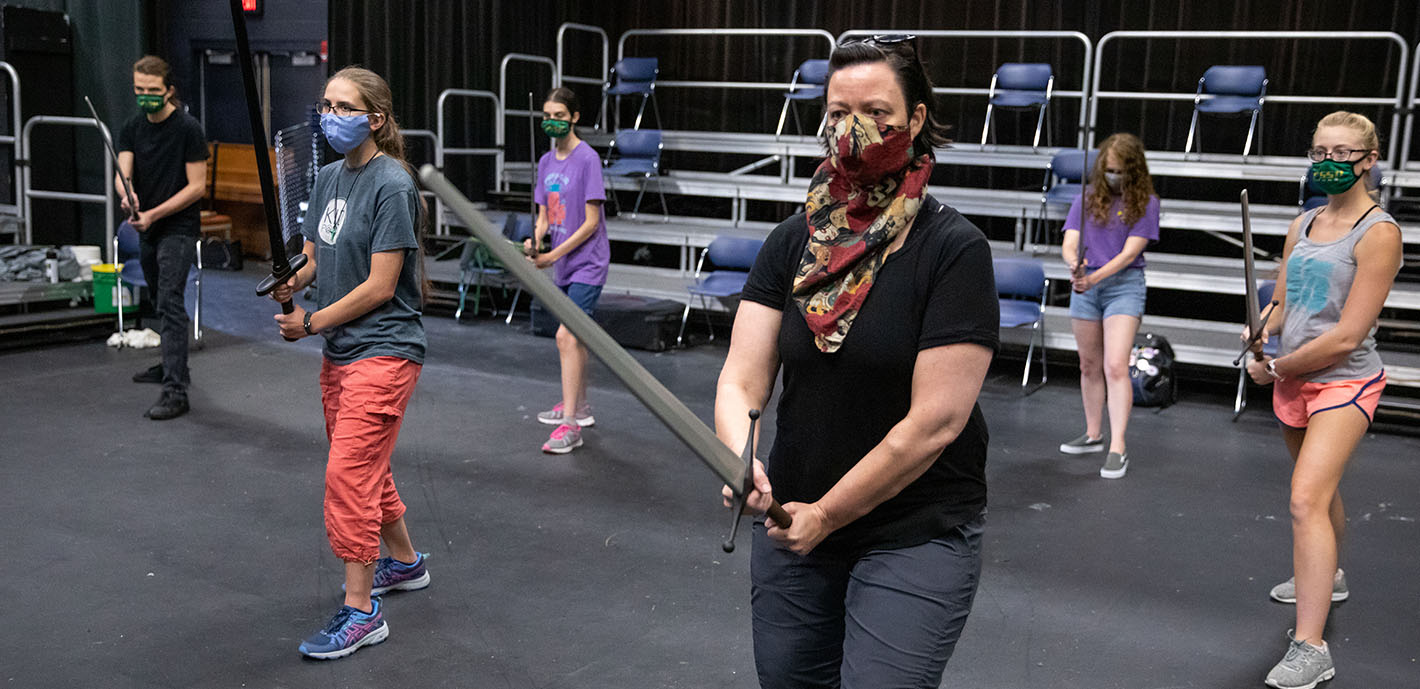 Students Take a Stab at Learning Sword-Fighting Basics